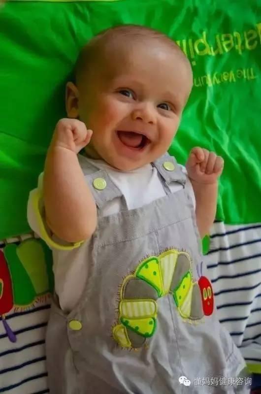 宝宝正常发育的六种行为你了解吗?