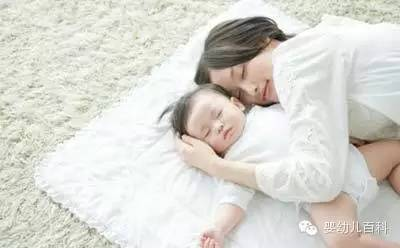 哄宝宝睡觉的三大错误方式你做了几个?