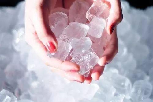 打溶脂可以冰敷吗