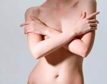 原因:约有一半至3/4的孕妈咪在怀孕的某些时期都有腰疼的经历,只有1