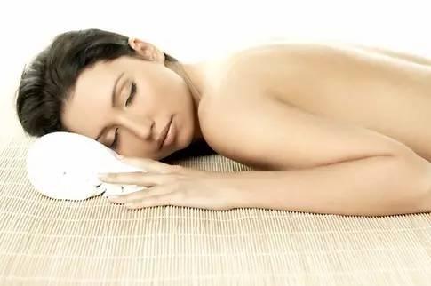 艾灸防治产后项背肌筋膜炎(背、肩部肌肉疼痛)