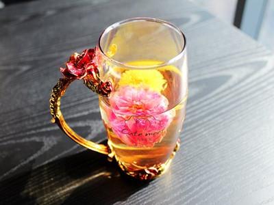 tea-rose-corolla-1871835__340_副本.jpg