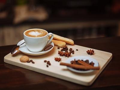 怎样去掉咖啡斑_牛奶咖啡斑如何去除