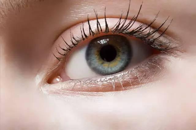 如何避免开眼角疤痕 开眼角手术后如何护理